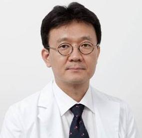 北京华韩医疗美容医院技术院长柳民熙