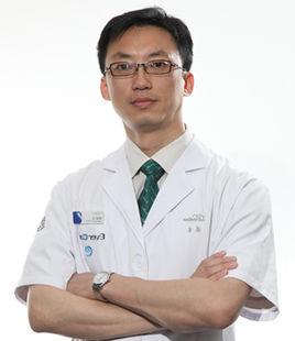 上海伊美尔港华医疗美容医院技术院长杨凌飞
